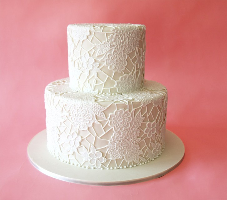 Review of Zoe Clark s Elegant Lace Cakes