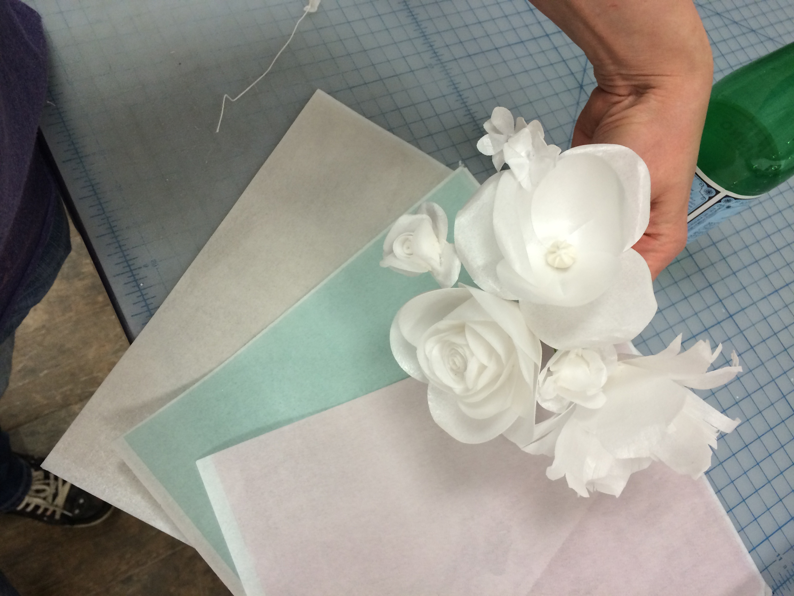 how to make wafer paper roses