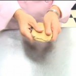 How to Cover Cookies with Fondant