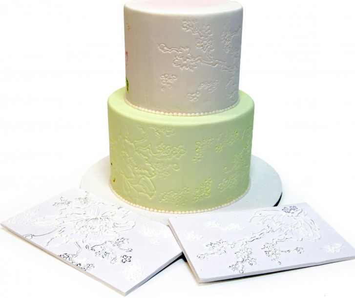 Stencil painted cake method