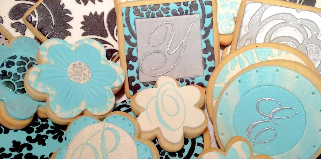 Stencil Monogram Cookies Tutorial